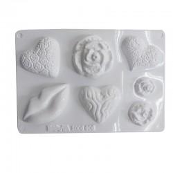 Gießform zum Seife gießen, 4 Motive: Herzen, Rosen und Kussmund für hübsche Geschenkseifen.