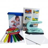 Encaustic Einsteiger-Set mit Maleisen, Wachsfarben, Malkarten und Anleitung auf DVD, Coverfoto mit Mädchen