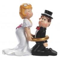Hochzeitspaar mit Ring ca, 8 cm Tortendeko Tischdeko